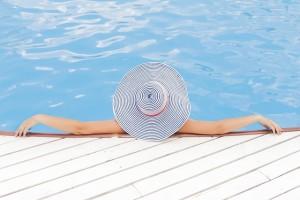 Pixabay - Détente - La sophrologie c'est quoi pool-690034_640